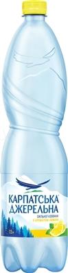 """Вода минеральная """"Карпатська Джерельна"""" с ароматом лимона, сильногазированная, 1,5 л"""