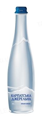 """Вода минеральная """"Карпатська Джерельна"""" сильногазированная, стеклянная бутылка, 0,5 л"""